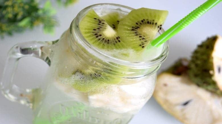 Jugo Detox Kiwi y Guanabana alto en antioxidantes